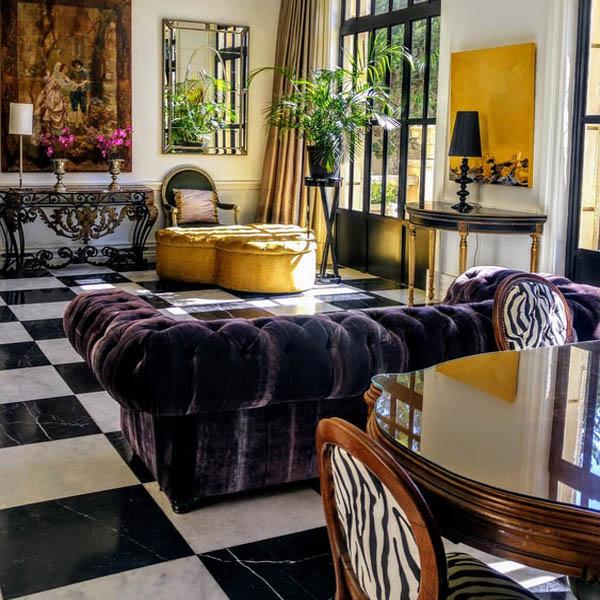 SandraRothwell_Dramatic Interior Style