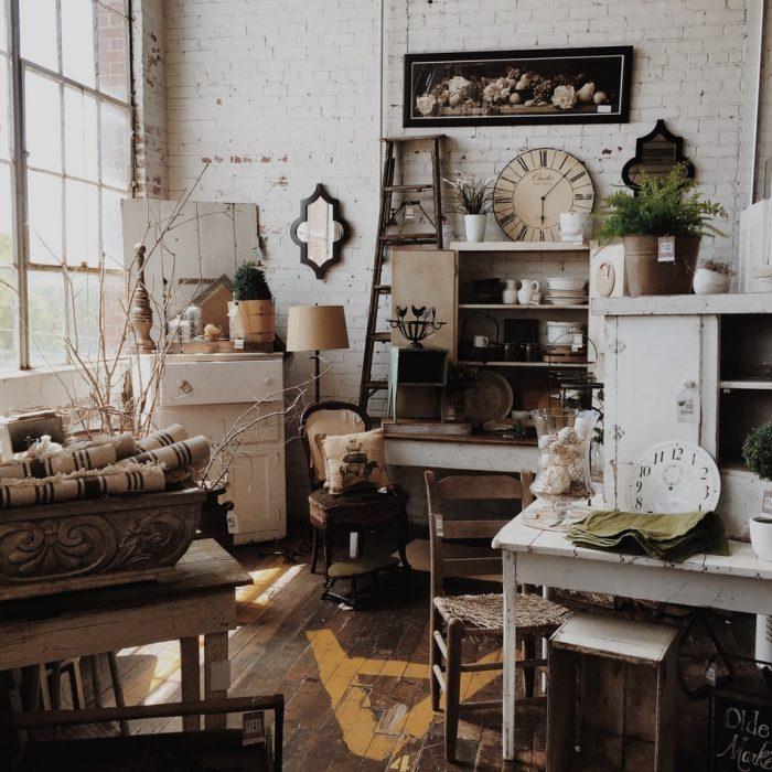 SandraRothwell_Vintage Interiors_large